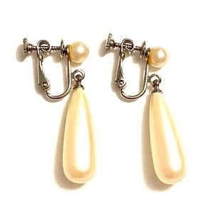 Vintage pearl dangle earrings clip on